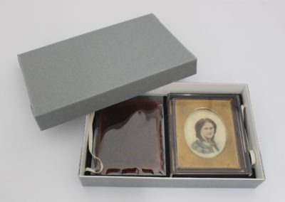 Bespoke archival packaging for a conserved portrait miniature